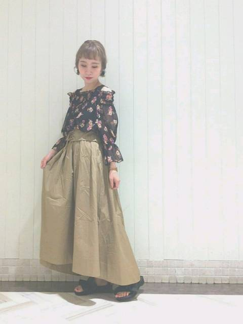 Iori Hideshima(wclosetルミネ池袋店)|w closetのスカートを使ったコーディネート - WEAR (11738)