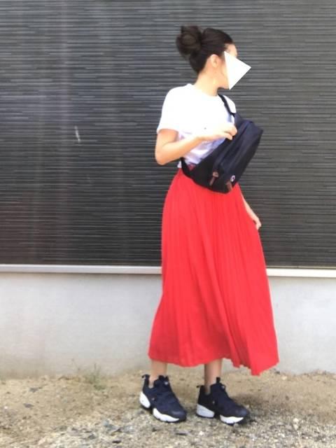 やま|UNIQLOのTシャツ・カットソーを使ったコーディネート - WEAR (13524)