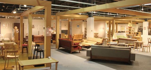 旭川家具が一堂に会した「旭川デザインセンター」