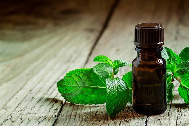 ペパーミントの香りのエッセンシャルオイル