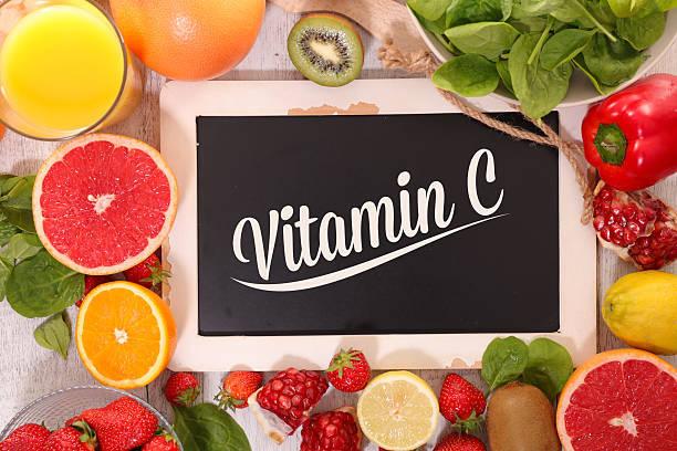 ビタミンCは肌荒れの味方?