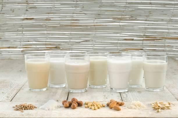 健康や美容に嬉しい成分が詰まった植物性ミルク。