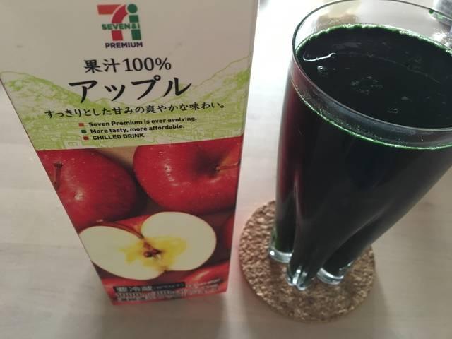 リンゴジュースにタベルモを入れてみた