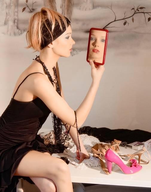 Free photo: Blonde, Woman, Models, Mirror, Girl - Free Image on Pixabay - 2198759 (178)