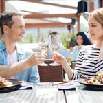 《心理専門家による恋愛相談コーナー》第二弾!!「男の人と食事に行った時、お会計になると支払ったほうがいいのか悩みます…」