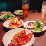 """【若者の街 """"渋谷"""" にて。】ドミノピザ食べ放題&相席してきた。"""