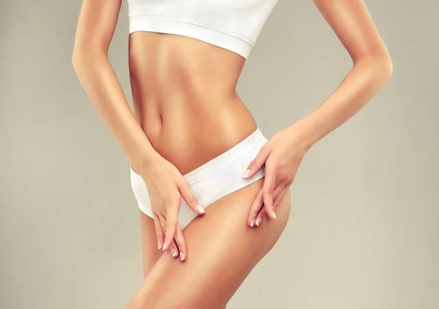お腹の横の脂肪を解消!理想のくびれは筋トレで!