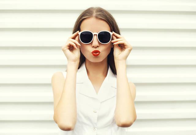 目も日焼け?サングラスをつけて紫外線対策をしたほうがよい理由とは?