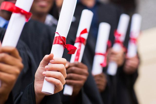 卒業祝いにおすすめプレゼント人気ランキング特集!もらってうれしいものとは?