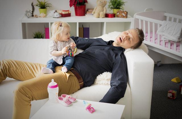 父親が子育てに参加しない理由とは?参加させるためのアプローチも考察