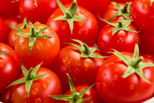 美白に良い食べ物 トマト