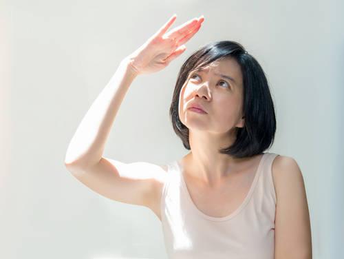 紫外線によって光老化が加速する