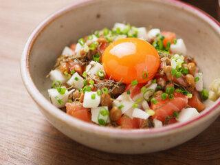 サーモン納豆 、 サーモン刺身アレンジ - 魚料理と簡単レシピ
