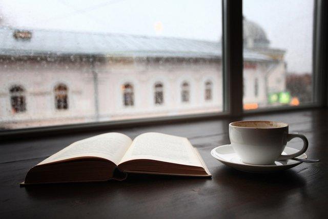 ブックカフェって本に囲まれて幸せ♡料理もおいしい4店舗@東京
