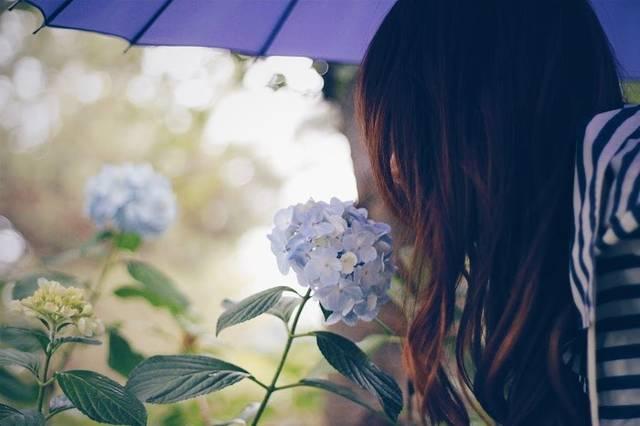 失恋から立ち直る方法。失恋経験者からのアドバイス