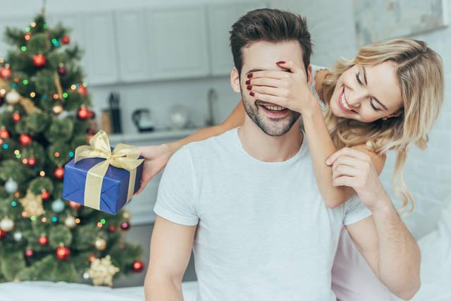 今年のクリスマスプレゼントはどうする?彼氏に渡したい聖夜のギフト10選