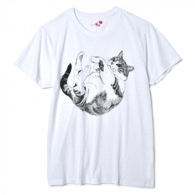腕を組むとギュッ! 猫抱っこTシャツ〈白〉
