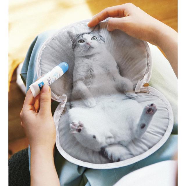 うだまさんちの猫とコラボ パッカーン!っと猫の開きポーチ