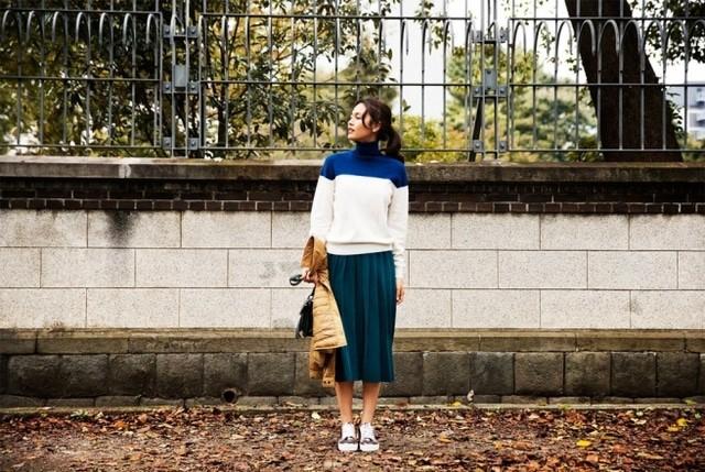 Uniqlo Uのプリーツスカートを使ったコーデ
