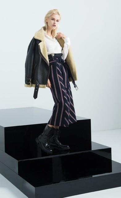 校閲ガールで着用のstyling(スタイリング)Jacket-Style Skirt