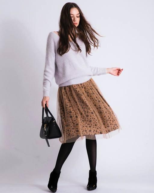 校閲ガールで着用のNoela(ノエラ)ダルメシアン2wayスカート