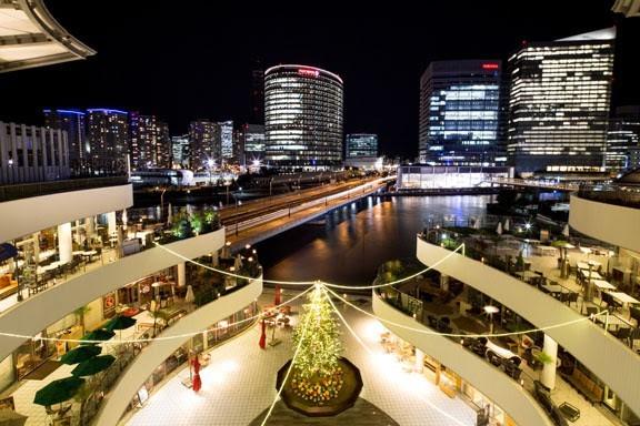 イルミネーション、横浜ベイクォーターからの景色