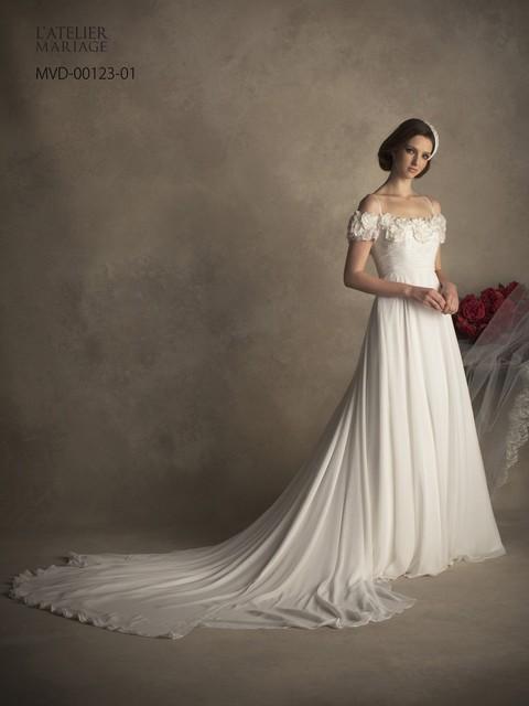 ウェディングドレス人気ブランドのL'ATELIER MARIAGE(ラトリエマリアージュ)