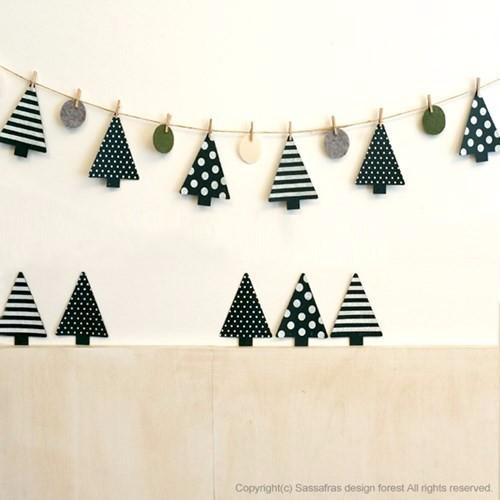 クリスマスの飾り付け、クリスマスガーランド
