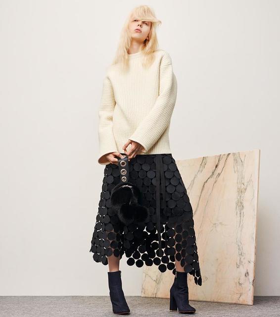 河野悦子のファッション IRENE (アイレネ)