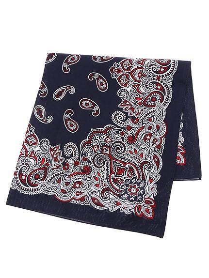 校閲ガールの衣装 スカーフ