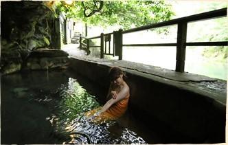 九州の混浴なら大分! 壁湯洞窟温泉