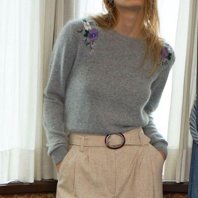 河野悦子のファッション Lily Brown