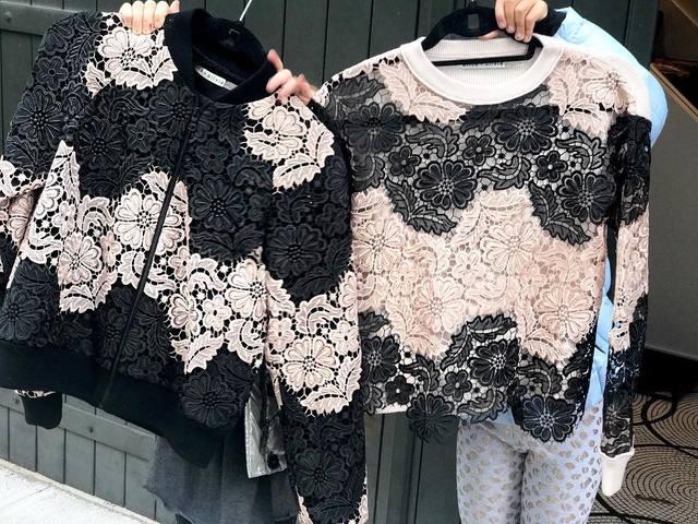 河野悦子のファッション ALICE AND OLIVIA