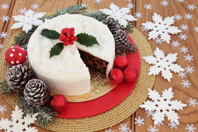 クリスマスの予約忘れのケーキ
