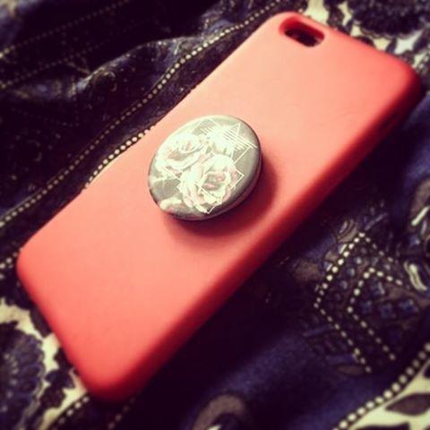 ポップソケット iPhoneケース