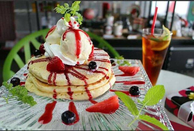 『サードカフェ』のしあわせの白いパンケーキ