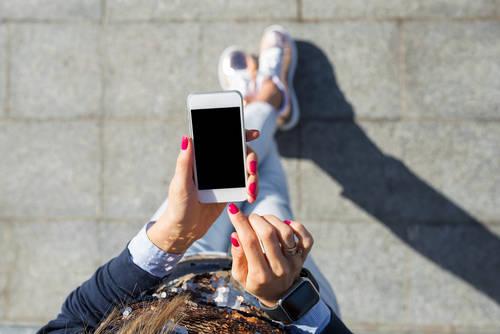iPhoneの初期化をしないと、下取りや売る際にあなたの個人情報が漏れてしまうかも・・・