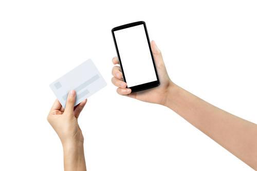 App Store & iTunes ギフトカードをその場で購入してすぐに利用できる方法をご紹介!