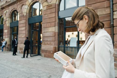 「au Online Shop」での予約購入の仕方