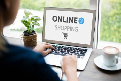 auオンラインショップは、auユーザー以外も買い物できる