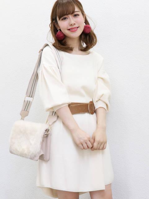 男ウケファッション/白ワンピース