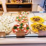 (閉店)【原宿おすすめランチ】おしゃれなピザ屋さん『ピンサデローマ』はヘルシー志向の女子に大人気🍕