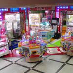 【東京】クレーンゲーム・ガチャガチャ・プリクラ・メダルゲーム・音楽ゲーム・ビデオゲームが楽しめる店舗!