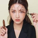 韓国女子が夢中❣💗2018年秋メイクのトレンドやメイク方法と話題の韓国コスメ特集✨