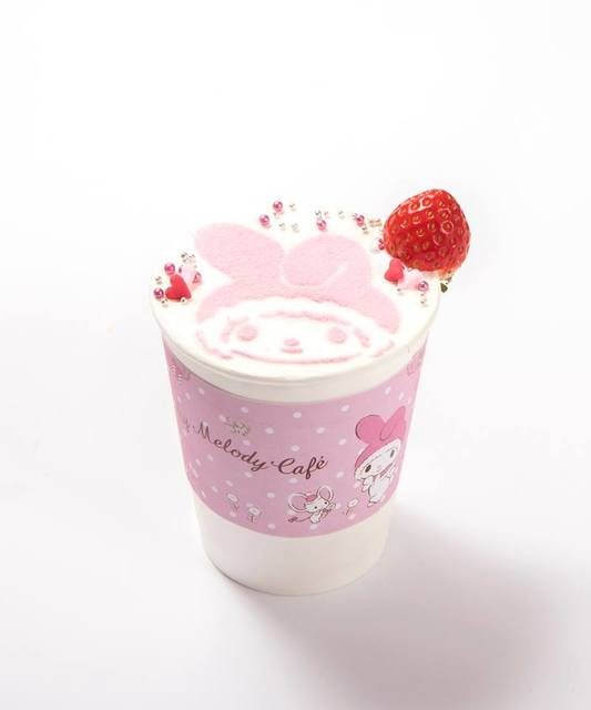 マイメロディのHOTいちごチョコレート 680円(税抜)