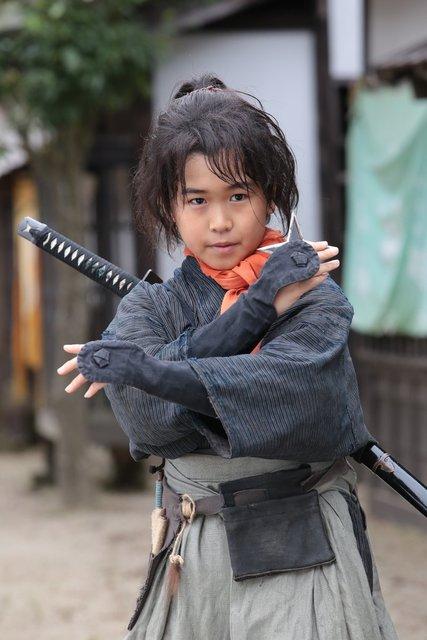 幼少期を演じるのは鈴木福くん!