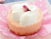 【コンビニスイーツ ローソン】桜香るチーズスフレケーキ
