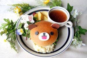 チャイロイコグマのがお~!てりやきチキンバーガープレート