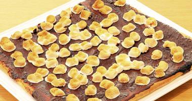 チョコレートピザ マシュマロトッピング