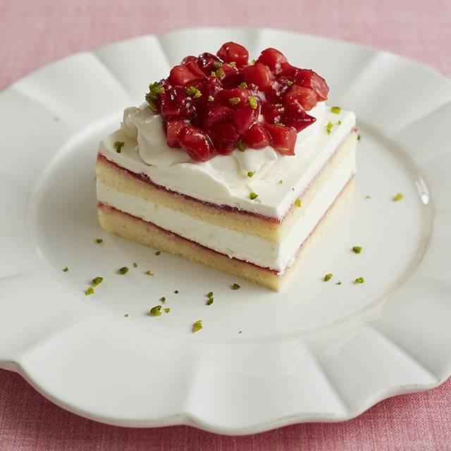 ■苺のショートケーキ〈定番メニュー〉